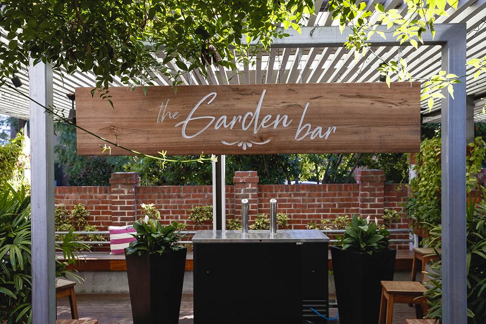 Norman's Garden Bar
