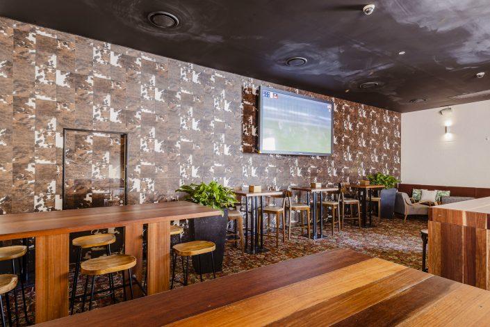 Norman's Bar